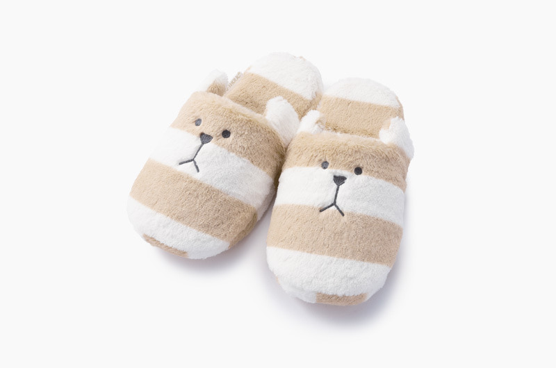 BEIGE BORDER SLOTH SLIPPER
